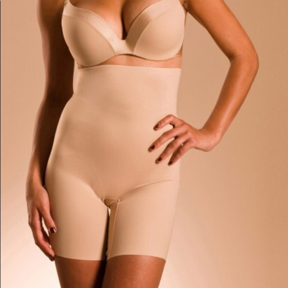 a44c43edde Chantelle Basic Shaping Body Shaper in Nude